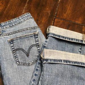 Levi 505 Cropped Jean